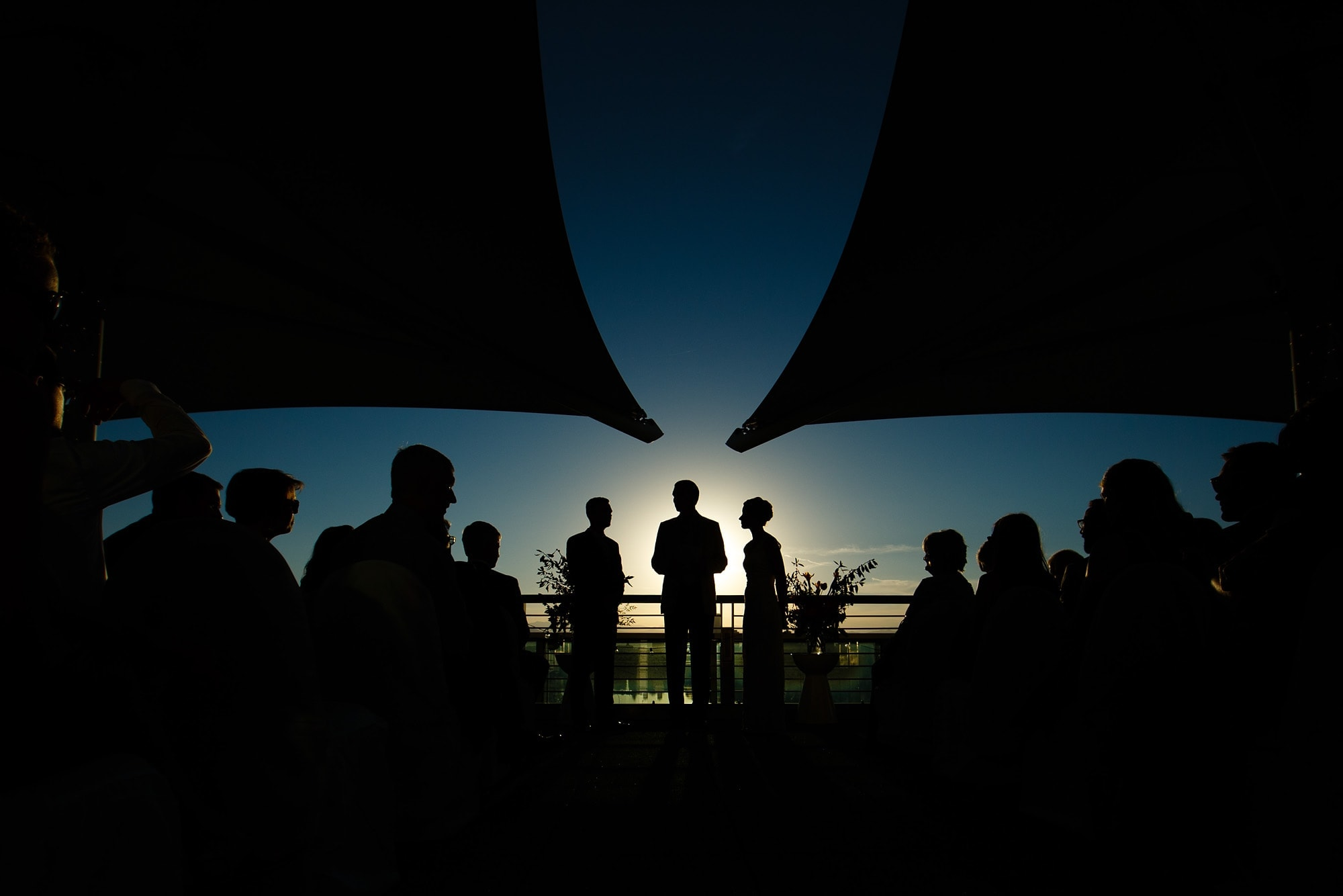 Rooftop wedding at the Denver Museum of Nature and Science by Justin Edmonds Photography