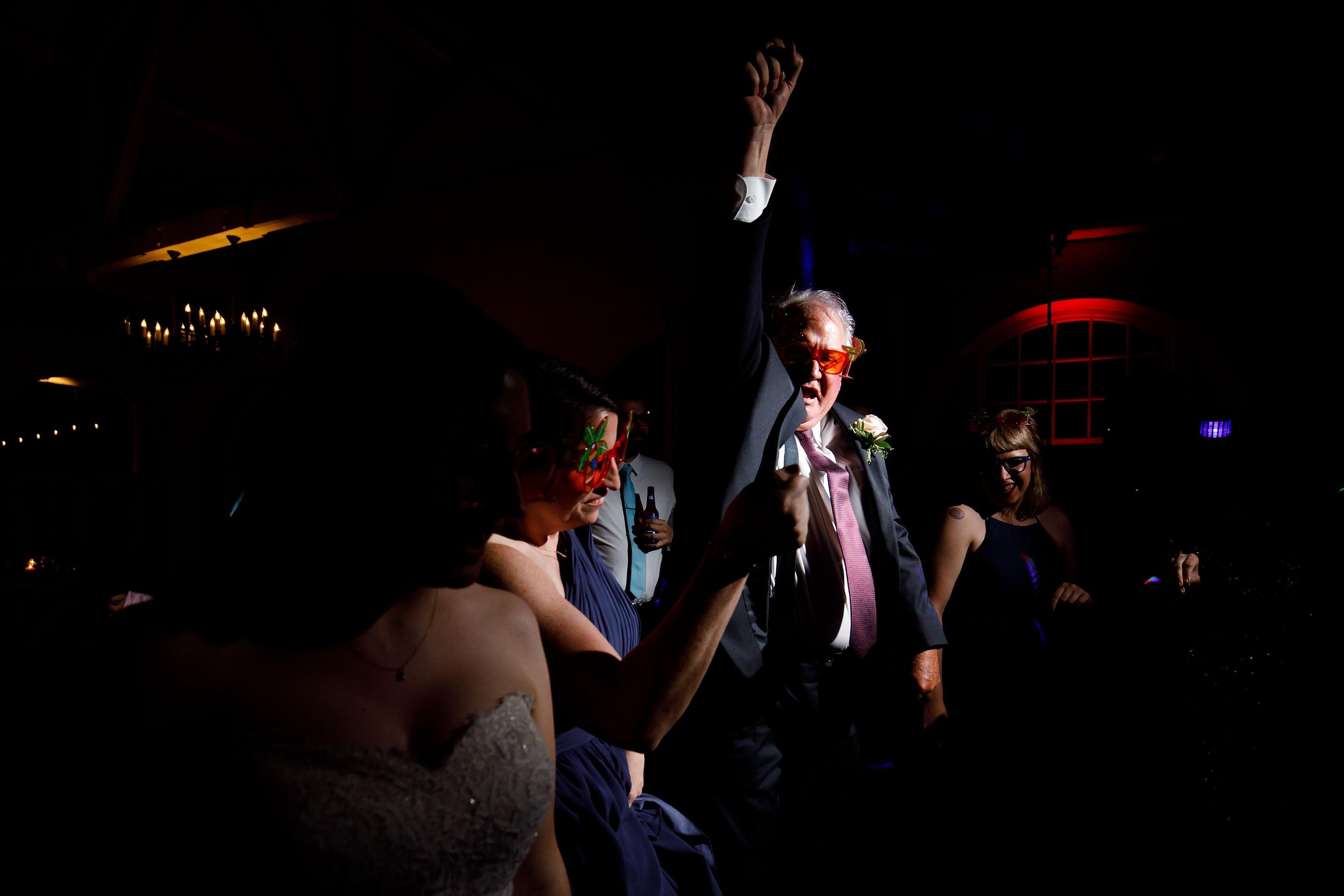 Guests dance at Katie and Joel Ravisloe wedding