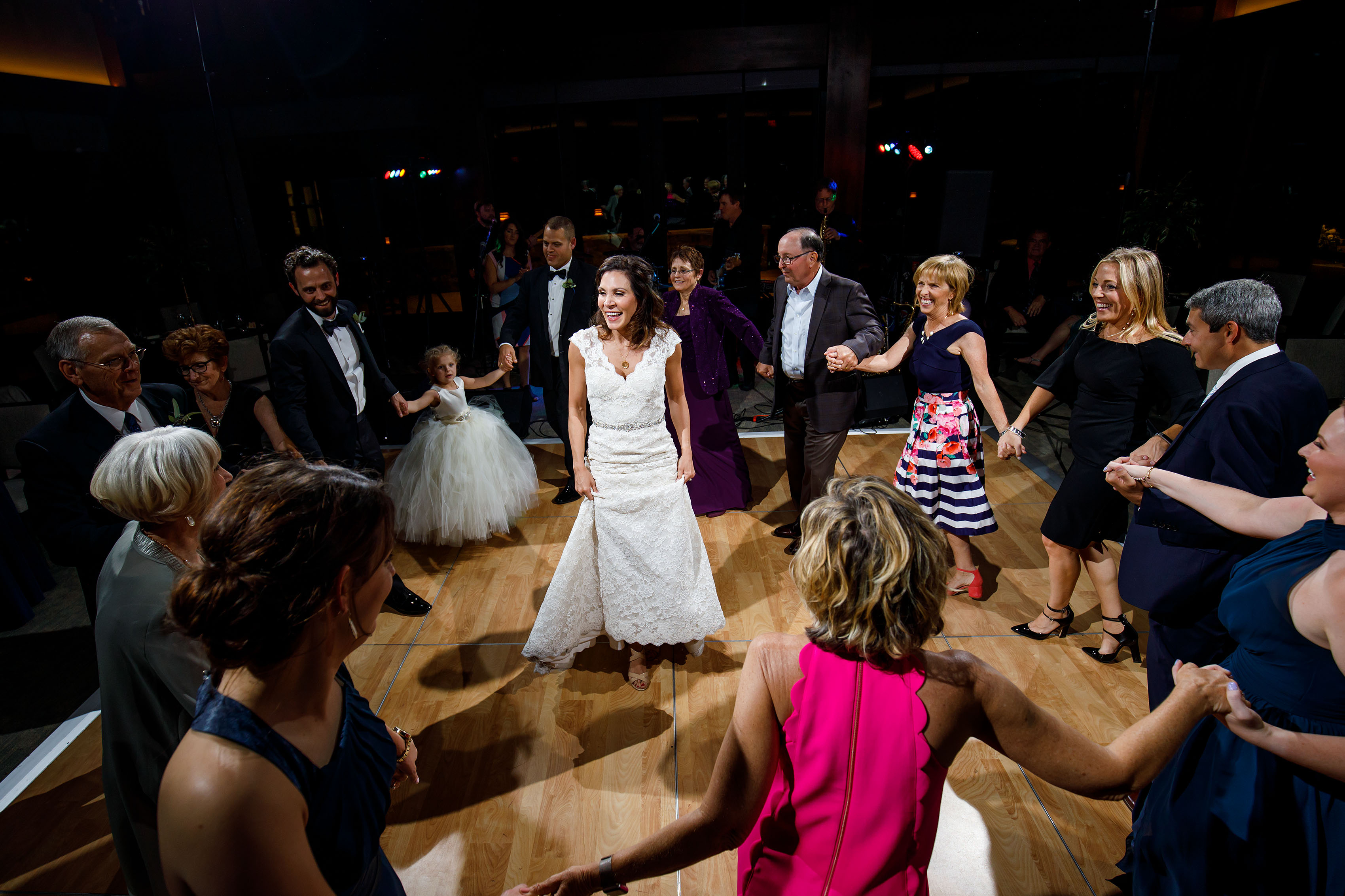 The bride dances with guests at Vail Golf Club