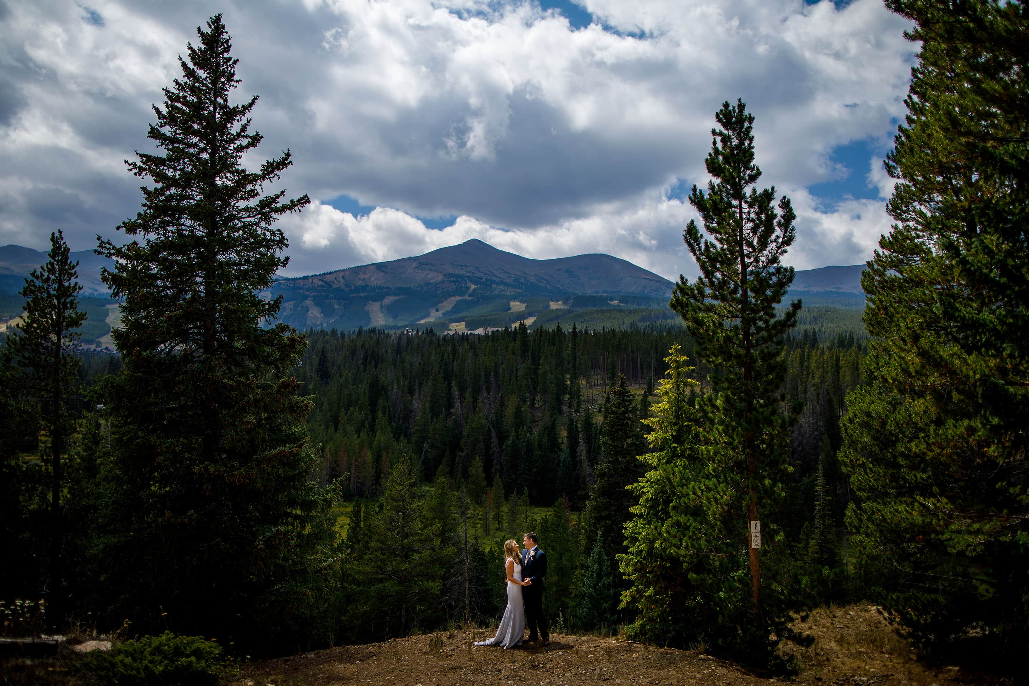 Breckenridge Mountain wedding portrait
